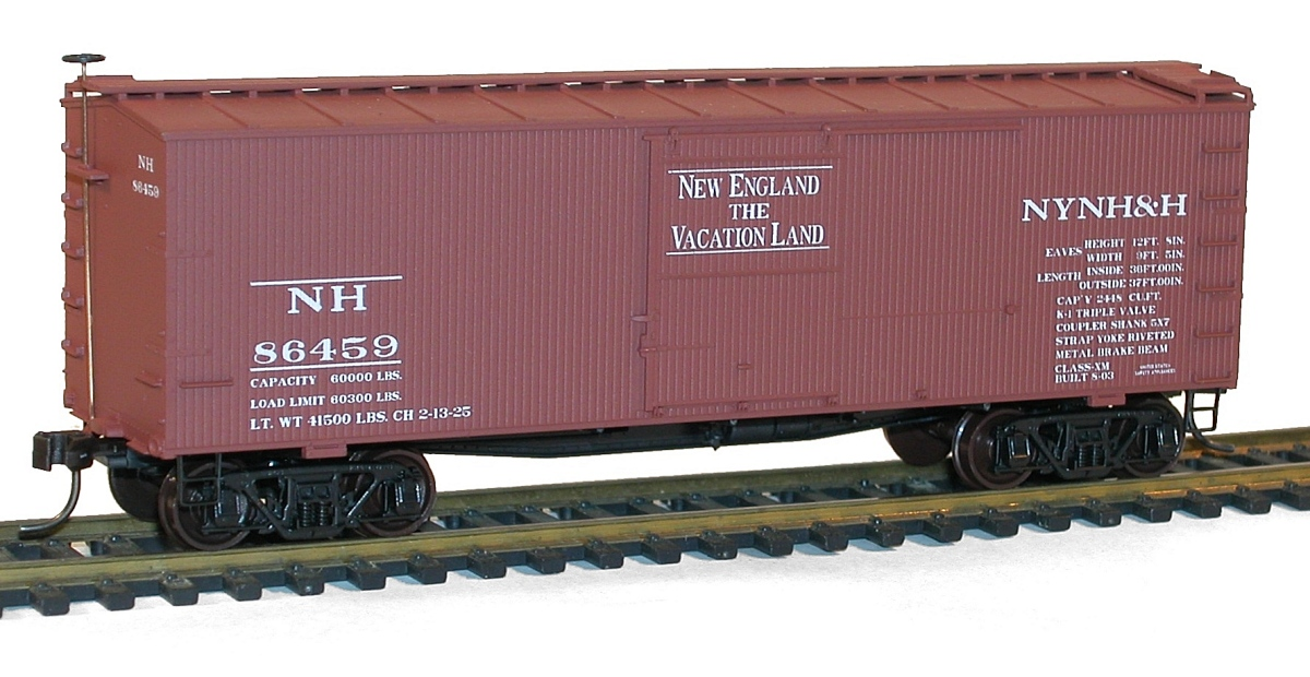 Accurail 1700 Series 36 Foot Double Sheath Wood Boxcars