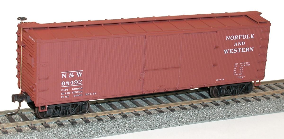 *Accurail HO Scale 36/' D//S Wood Boxcar Kit Missouri Kansas /& Texas MKT
